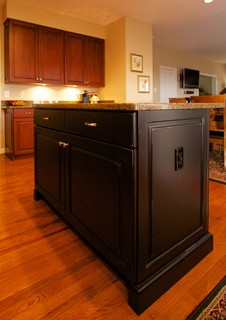Transitional Cherry Kitchen with Contrasting Island in Ijamsville, MD - Traditional - Kitchen ...