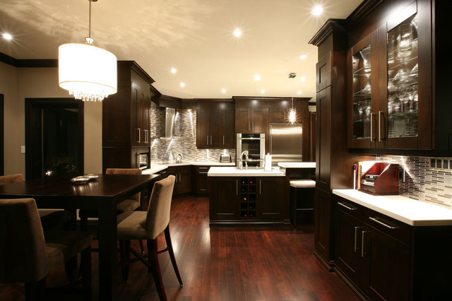 Transitional gallery contemporary kitchen toronto for Transitional kitchen designs photo gallery