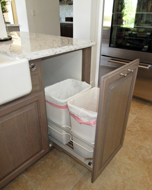 Transitional Hidden Recylce and Trash Bin Pull Out in