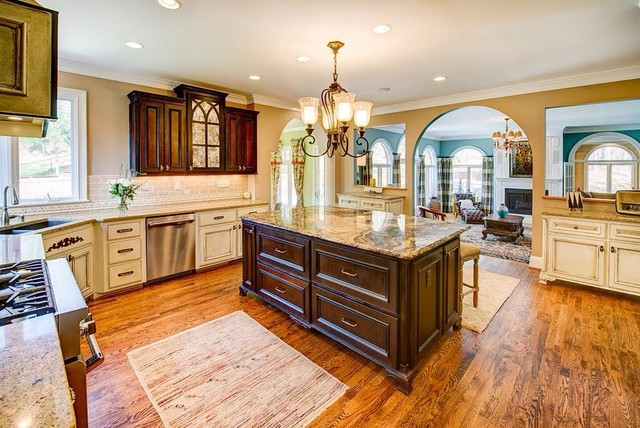 Http Www Houzz Com Photos 34631470 Transitional Home Design Traditional Kitchen Richmond