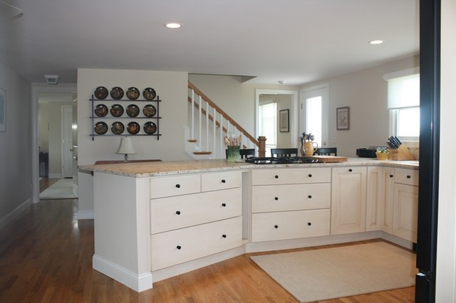 Transitional Kitchen traditional-kitchen