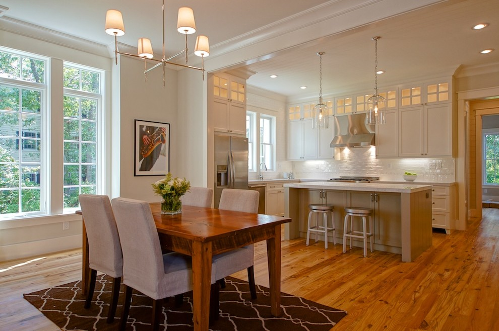 Example of a transitional kitchen design in Charleston