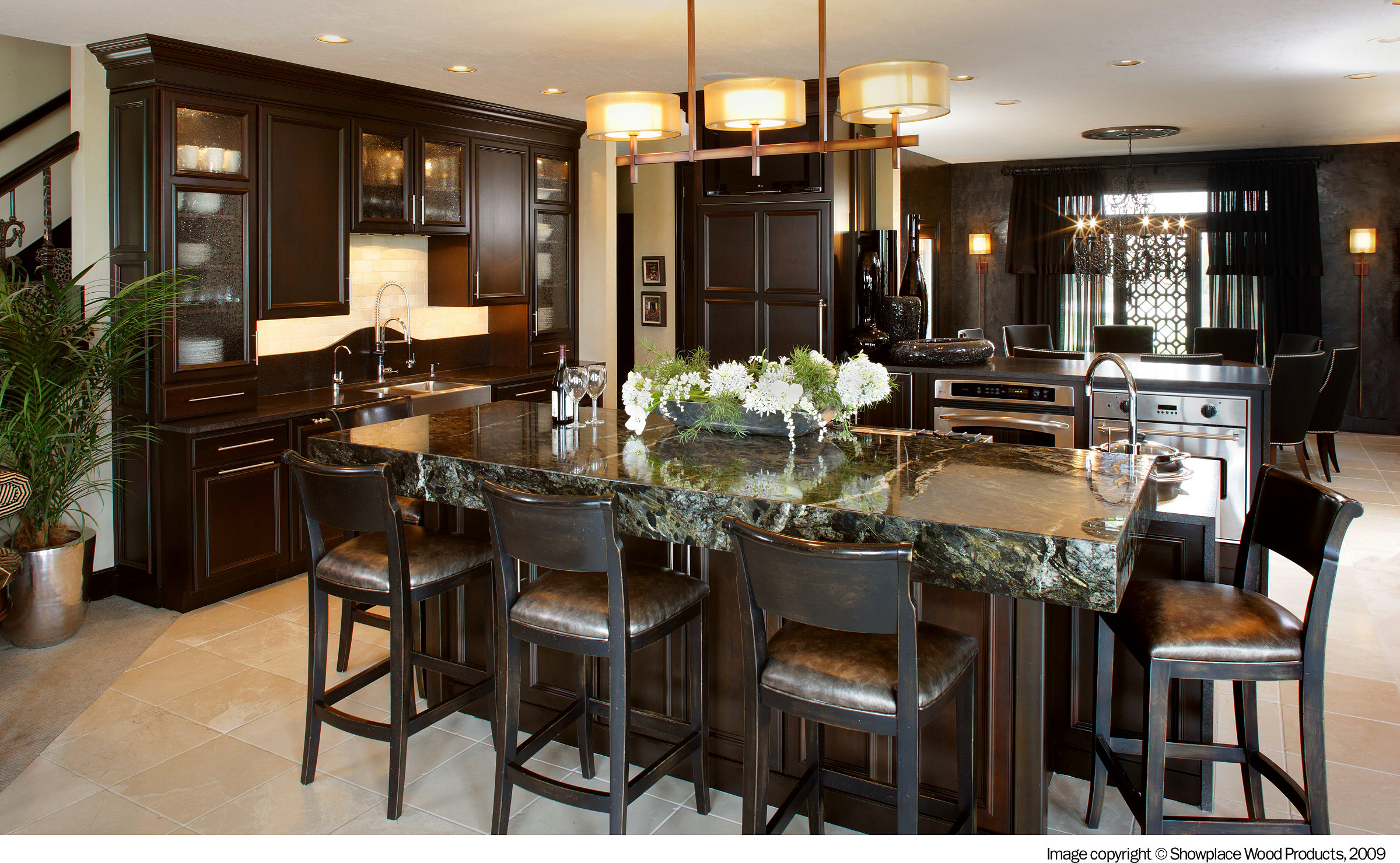 Transitional kitchen, overlay cabinets by Showplace