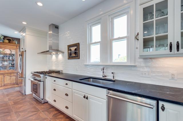 Transitional kitchen remodel fredericksburg va for Bathroom remodeling fredericksburg va