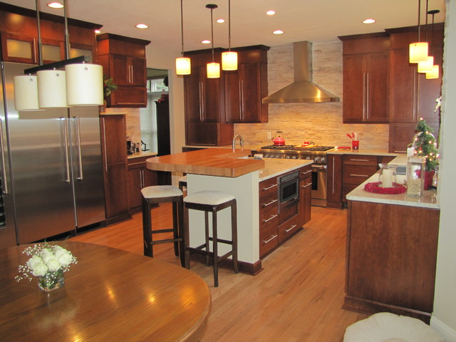 Transitional Kitchen With The Wow Factor Kitchen Other Metro By Kurtis Kitchen Bath