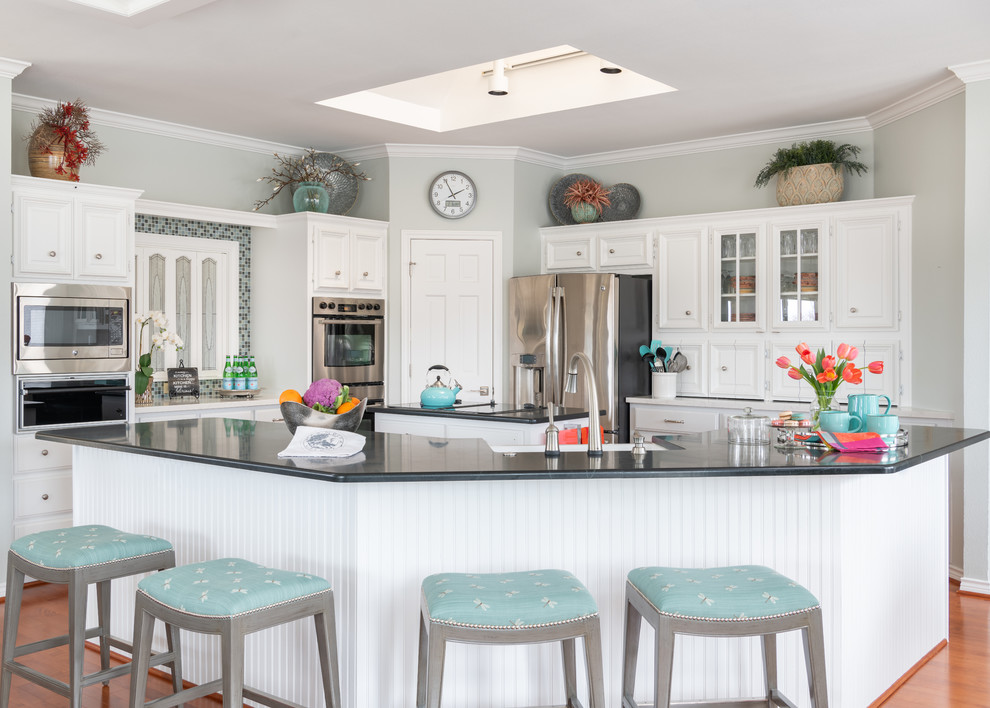 Photo of an open plan kitchen in Dallas.