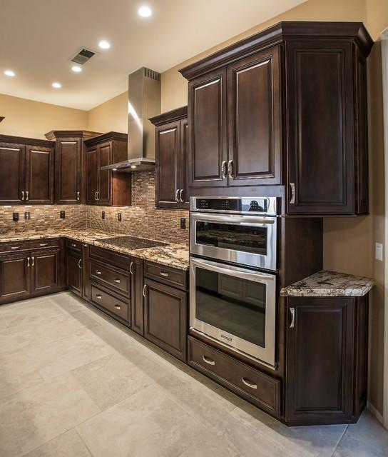 Kitchen Cabinets Arizona: Transitional Scottsdale Kitchen