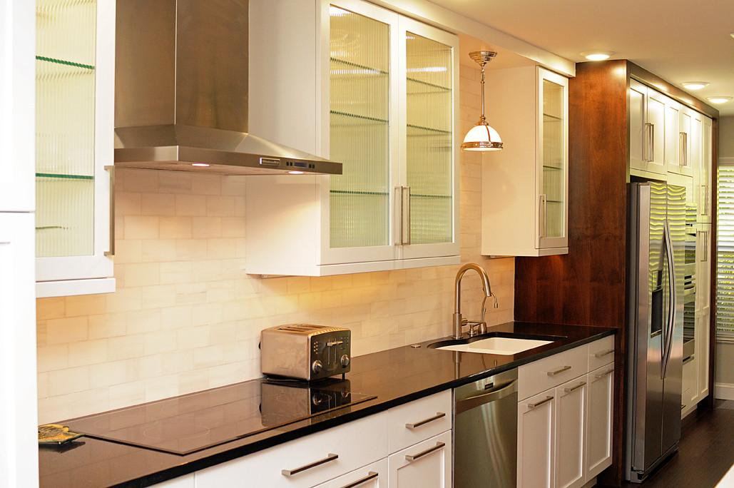 Transitional St. Petersburg Kitchen