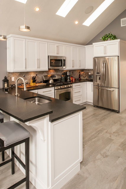 Transitional Style Home Transitional Kitchen New York By Classic Kitchen And Bath
