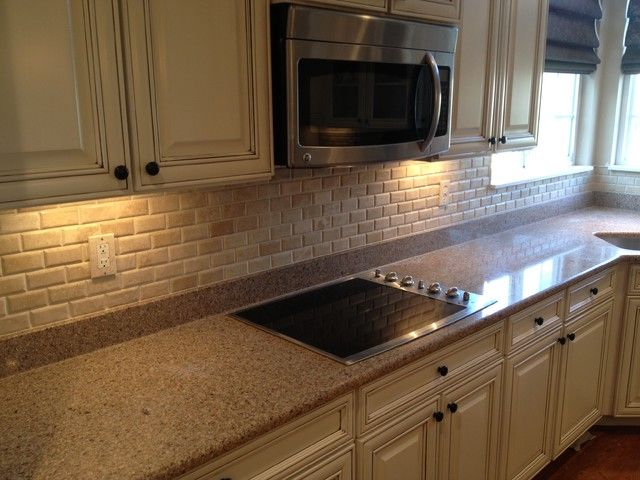Travertine backsplash - Traditional kitchen tile backsplash ideas ...