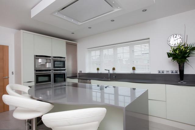 Triforium Homes Orchard Gardens Contemporary Kitchen West Midlands By Lisa Melvin Design