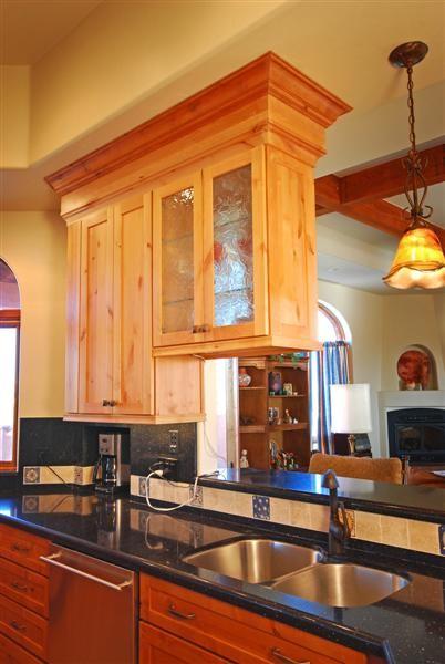 Tucson 39 s knotty alder shaker kitchen for Alder shaker kitchen cabinets