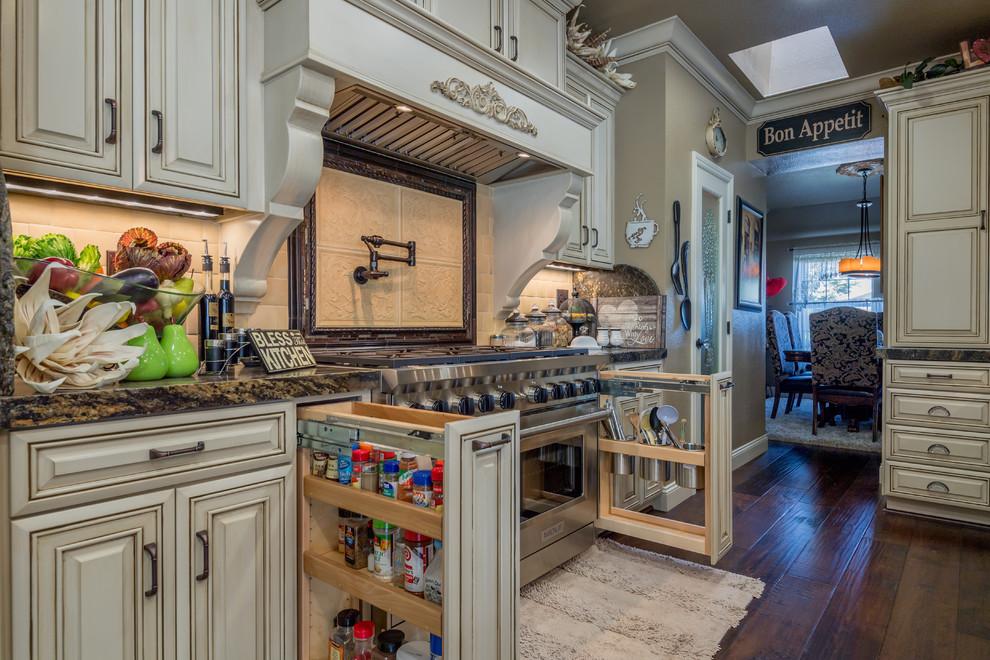 Turlock: Elegant Kitchen Remodel - Traditional - Kitchen ...