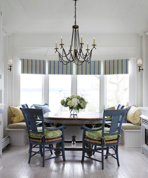 Beach Style Kitchen by Chicago Interior Designers & Decorators Tom Stringer Design Partners