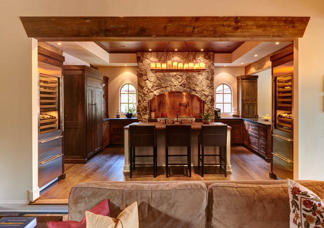 Tuscan Inspired Kitchen traditional-kitchen