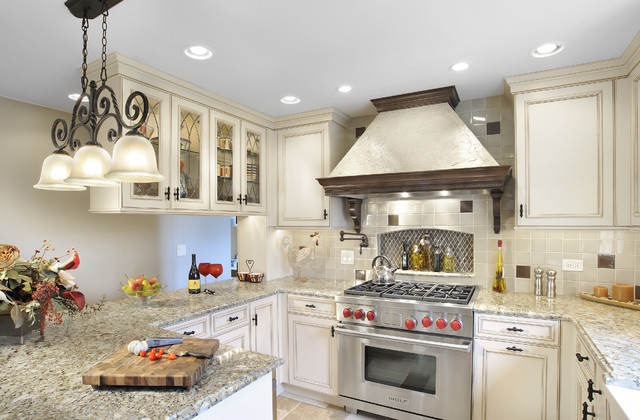 Inspiration For A Timeless Kitchen Remodel In Miami With Gl Front Cabinets And Stainless Steel
