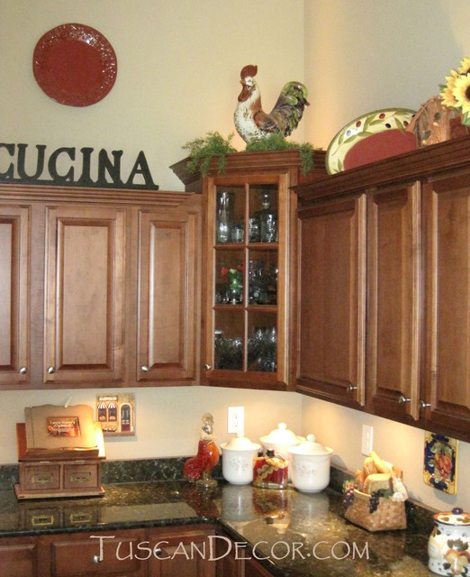 Tuscan Style Kitchen Cabinets: Ideas For Decorating A