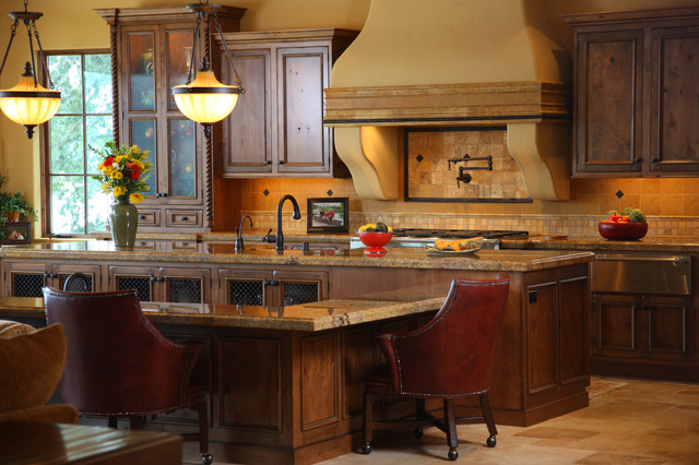 Tuscan Kitchen - Traditional - Kitchen - seattle - by Signature Design & Cabinetry LLC
