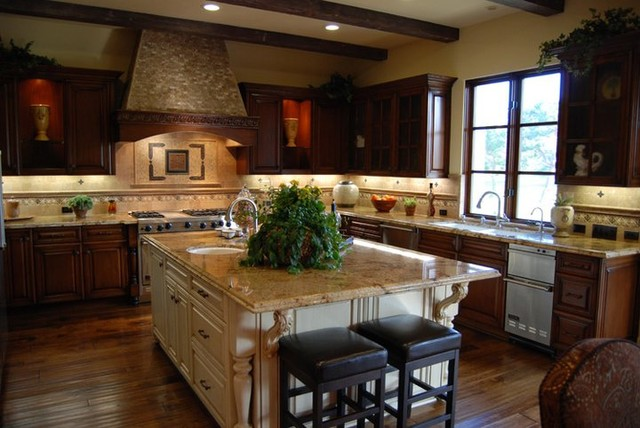 Tuscan style projects for Mediterranean style kitchen photos