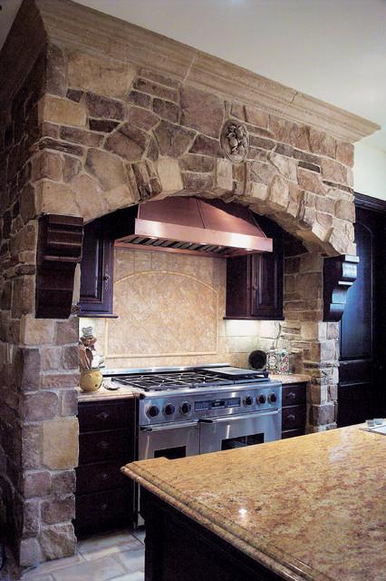 Tuscan Villa Stone Veneer Kitchen - Coronado Stone Veneer ...