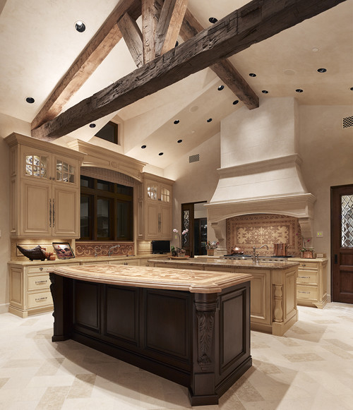 Tuscan villa for Wood beam ceiling kitchen