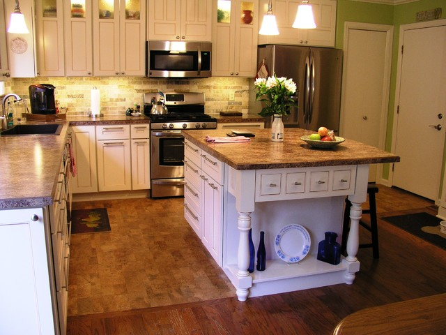 Twill traditional-kitchen