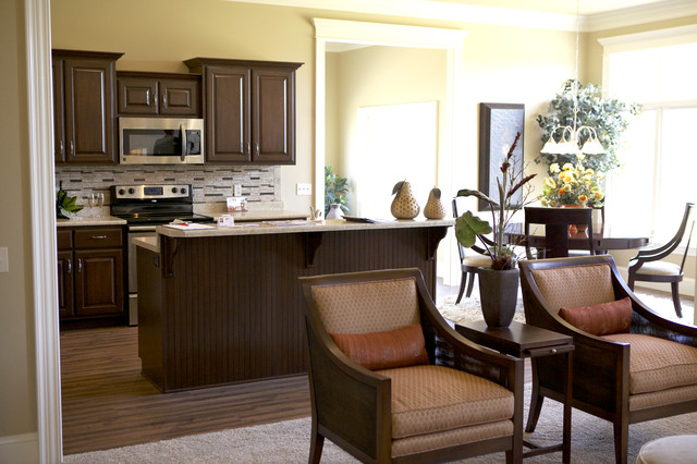 Twin Eagles Home traditional-kitchen
