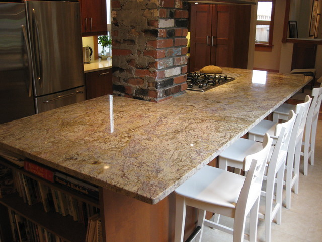 Typhoon bordeaux cream coloured quartz kitchen for Cream colored granite countertops