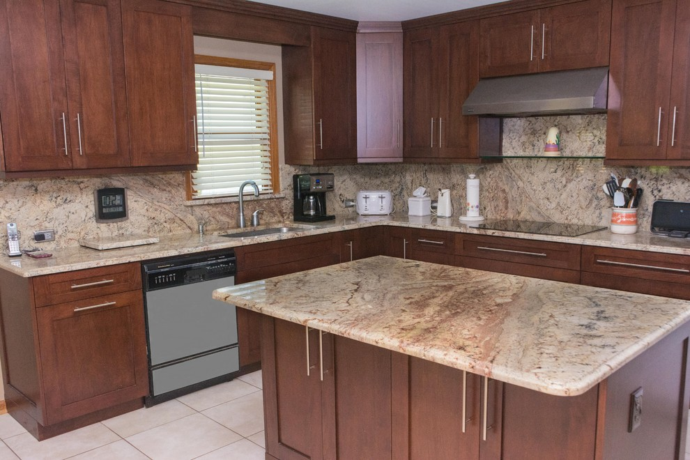 Example of a mid-sized transitional l-shaped ceramic tile open concept kitchen design in Atlanta with an undermount sink, shaker cabinets, medium tone wood cabinets, granite countertops, multicolored backsplash, stainless steel appliances and an island