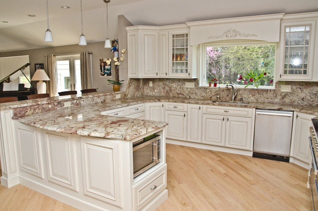 Typhoon bordeaux granite with full backsplash for Full kitchen pictures