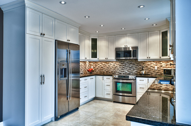 U Shaped Kitchen Traditional Kitchen Toronto By Spaces Inc