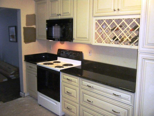 white kitchen cabinets with uba tuba granite uba tuba granite goes great with white cabinets 29046
