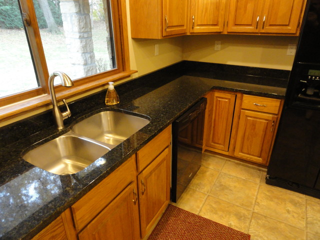 Uba Tuba Kitchen Countertops Traditional Kitchen Cedar Rapids