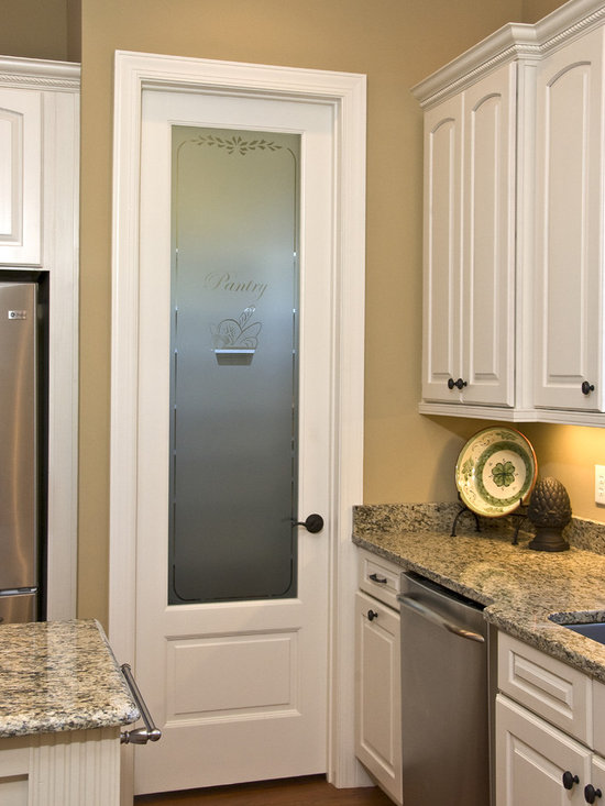 Pantry doors home design ideas pictures remodel and decor for Kitchen entrance door designs