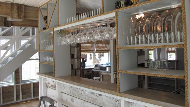 Example of a coastal kitchen design in DC Metro