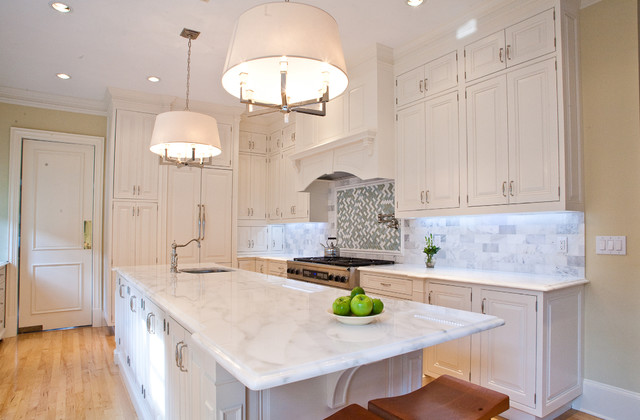 Cape Cod White Kitchen Traditional Dallas