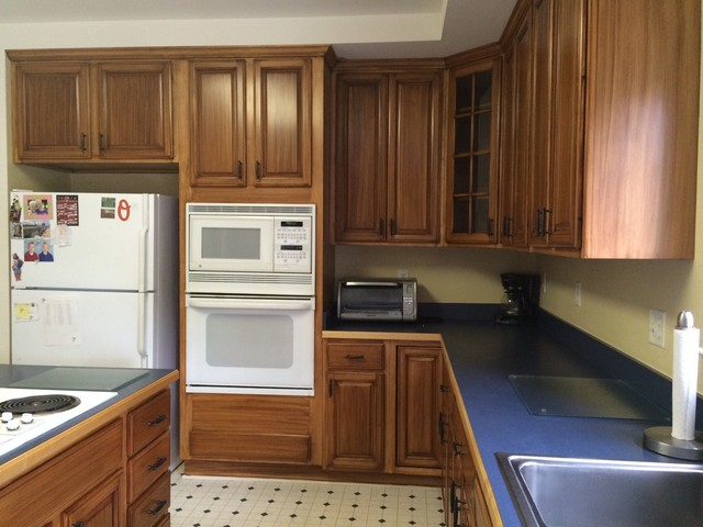 blue stained kitchen cabinets update of kitchen cabinets stain to a darker color 4839
