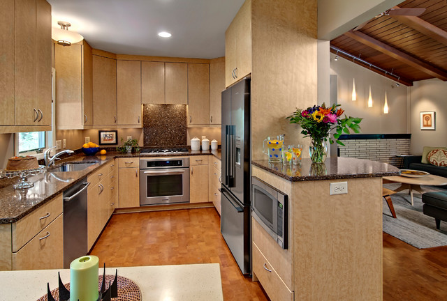 Updated 50s Ranch House Midcentury Kitchen