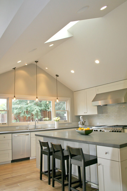 Updated Ranch in Menlo Park transitional-kitchen