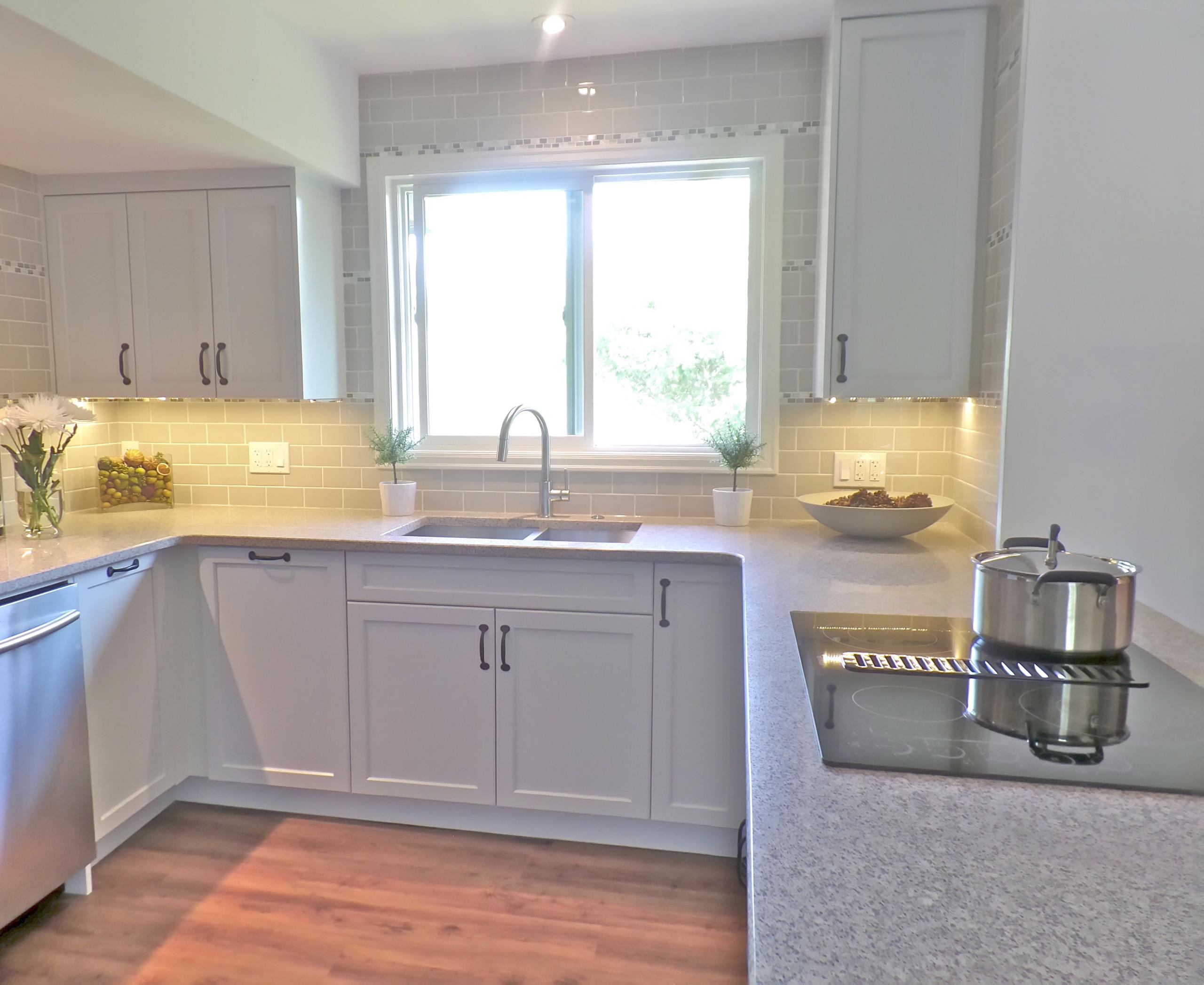 Updated U-Shaped Kitchen