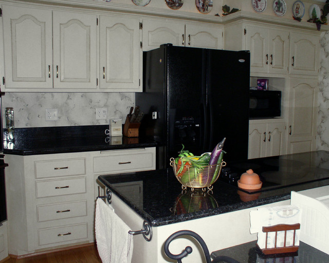 Updating old Kitchen Cabinets traditional-kitchen