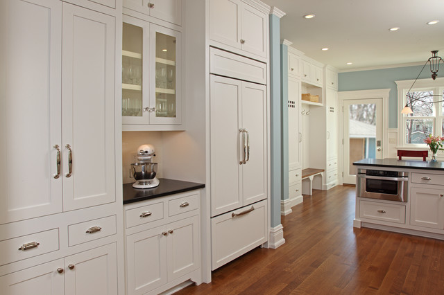 Uptown Charmer - Traditional - Kitchen - Minneapolis - by Next Level Renovation