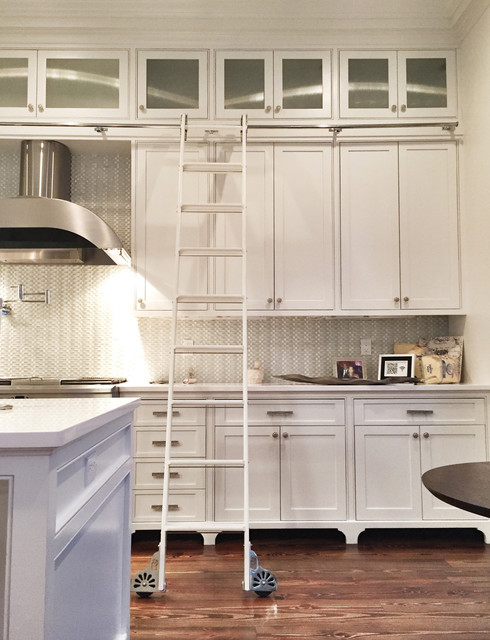Uptown Residence - Traditional - Kitchen - new orleans - by Zangara + Partners