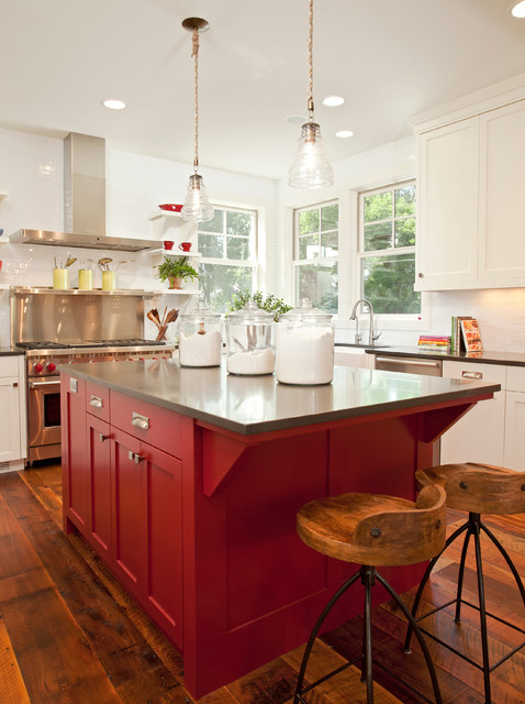 Example of a country kitchen design in Minneapolis