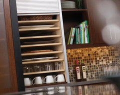 Urban Loft - Storage Solutions modern-