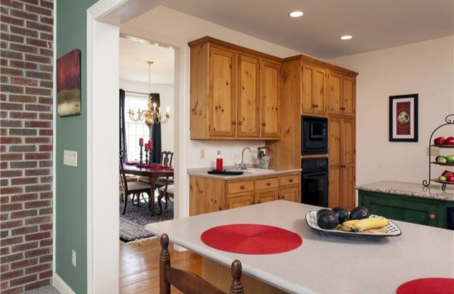 Vacant Staging traditional-kitchen