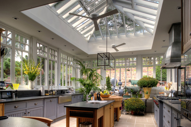 7 Ideas For Bringing A Natural Feel To Your Kitchen