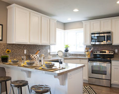 Valley View Model - Sun Valley Design traditional-kitchen