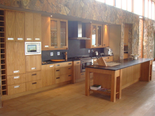 Van contemporary-kitchen