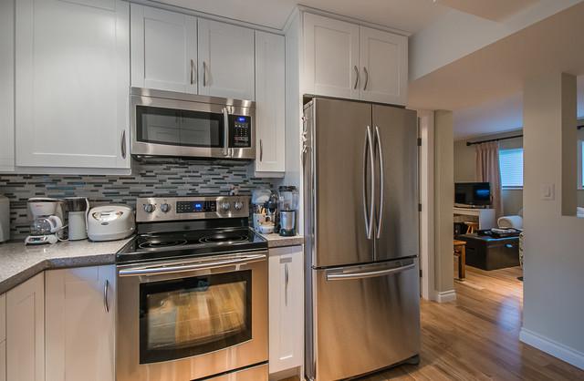 Vancouver - Delta 57th Basement Suite traditional-kitchen